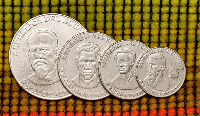 Monedas de la república Ecuador imagen de archivo