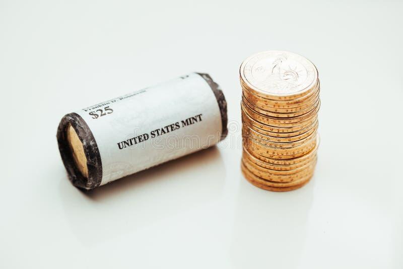 Monedas de oro del dólar imágenes de archivo libres de regalías