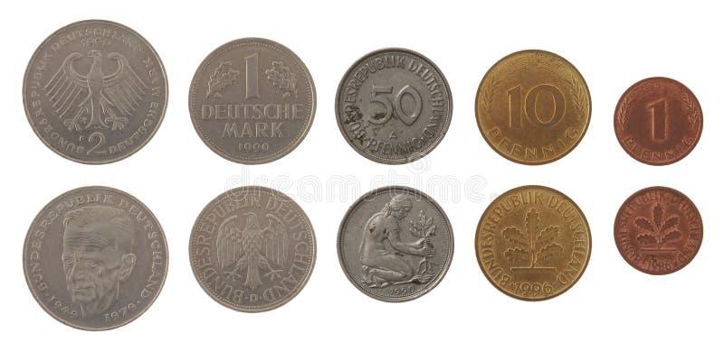 Monedas del Marco alemán aisladas en blanco imagen de archivo