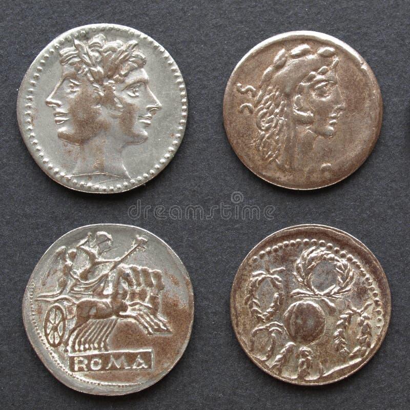 Monedas romanas imagenes de archivo