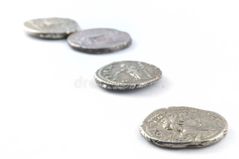 Monedas romanas aisladas imagen de archivo
