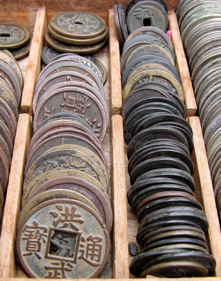 Monedas viejas fotografía de archivo libre de regalías