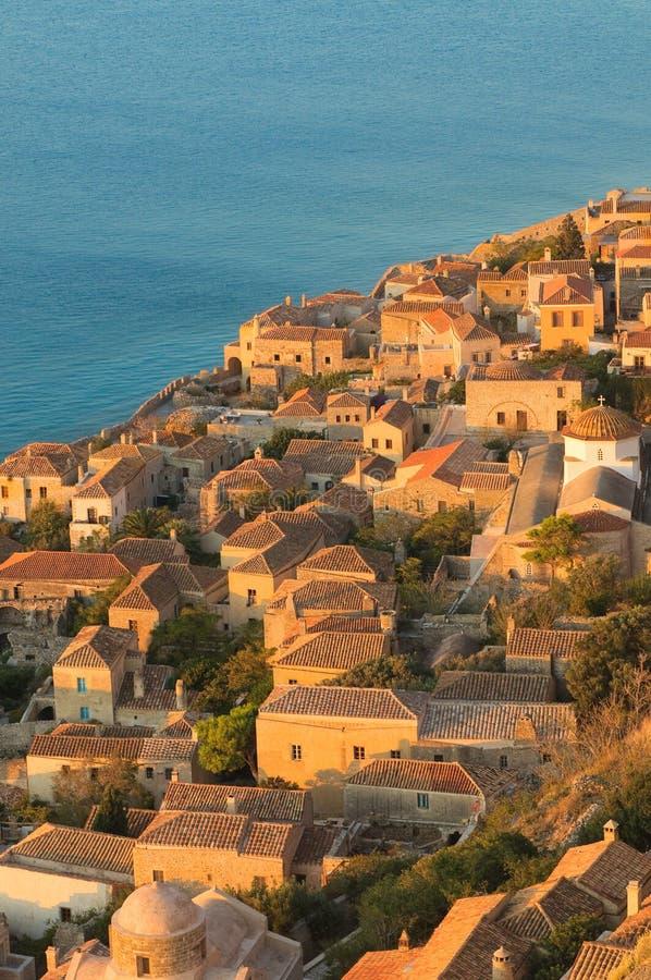 Monemvasia średniowieczny izolujący miasteczko, Grecja zdjęcia stock