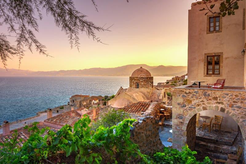 Monemvasia, vaak genoemd 'Grieks Gibraltar ', Lakonia, de Peloponnesus stock foto