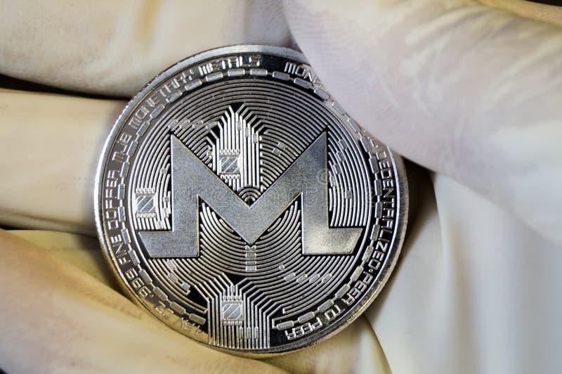 Monero is een moderne manier van uitwisseling en deze crypto munt royalty-vrije stock afbeeldingen