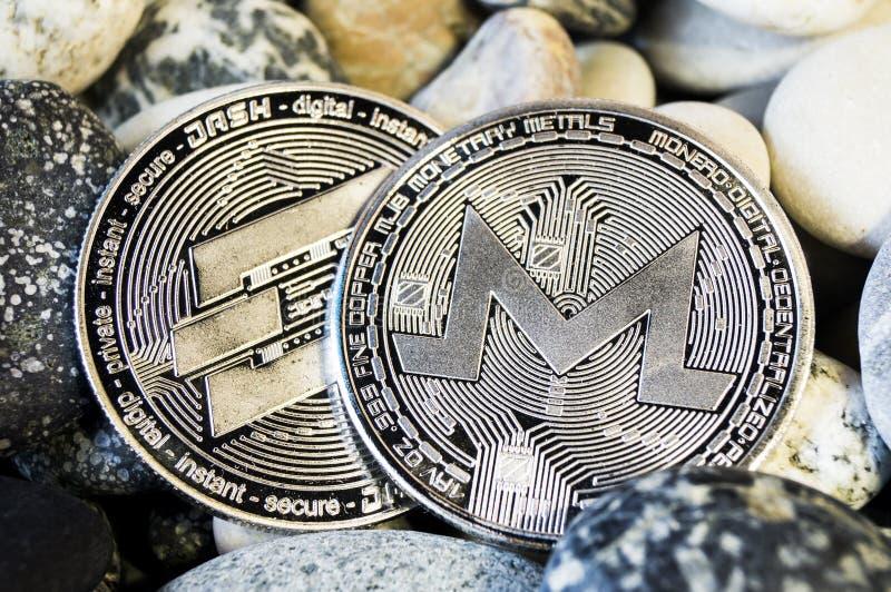 Monero is een moderne manier van uitwisseling en deze crypto munt royalty-vrije stock foto