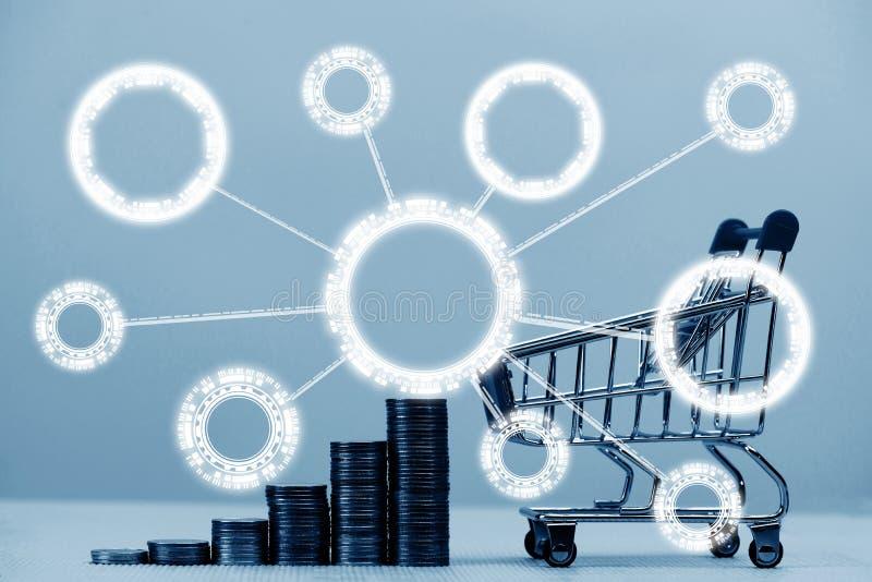 Monet sterty, wózek na zakupy i supermarketa tramwaj z Infographic projektem, biznesu zakupy finansowy pojęcie obraz royalty free