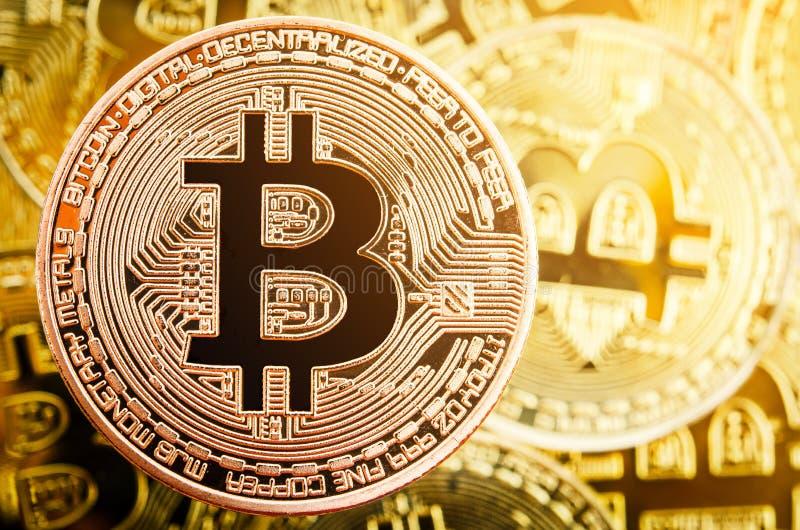 Moneta di rame di Bitcoin Concetto di Cryptocurrency fotografie stock