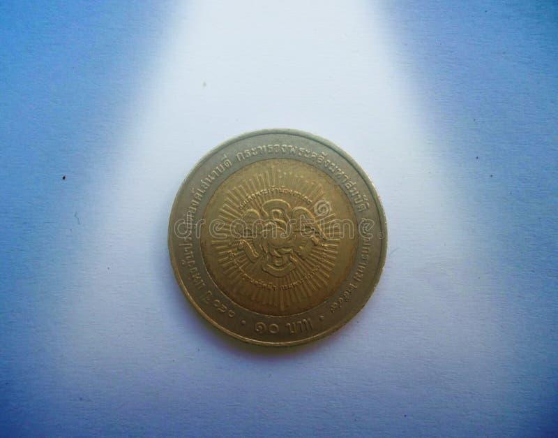 10 monete della Tailandia di baht dell'anno 2006 fotografie stock