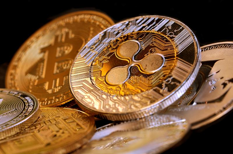Monete di cryptocurrency di Digital - moneta XRP dell'ondulazione fotografia stock