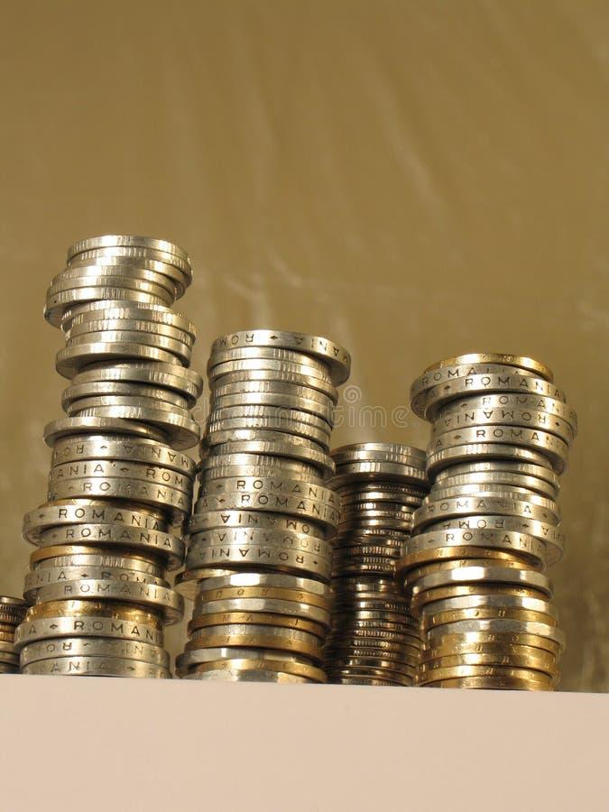 Download Monety obraz stock. Obraz złożonej z monety, yellow, handel - 28959813