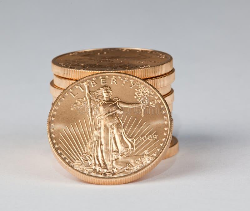 monety target2484_1_ złocistej swobody czystą stertę zdjęcia royalty free