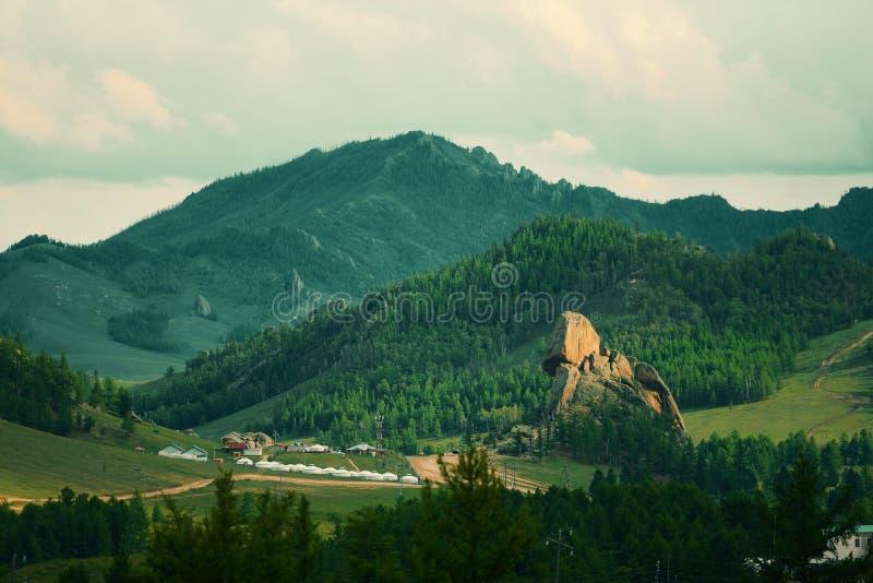 Mongólia, paisagem da montanha fotografia de stock royalty free