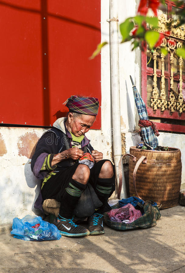 Mong kvinnor i Vietnam royaltyfri bild