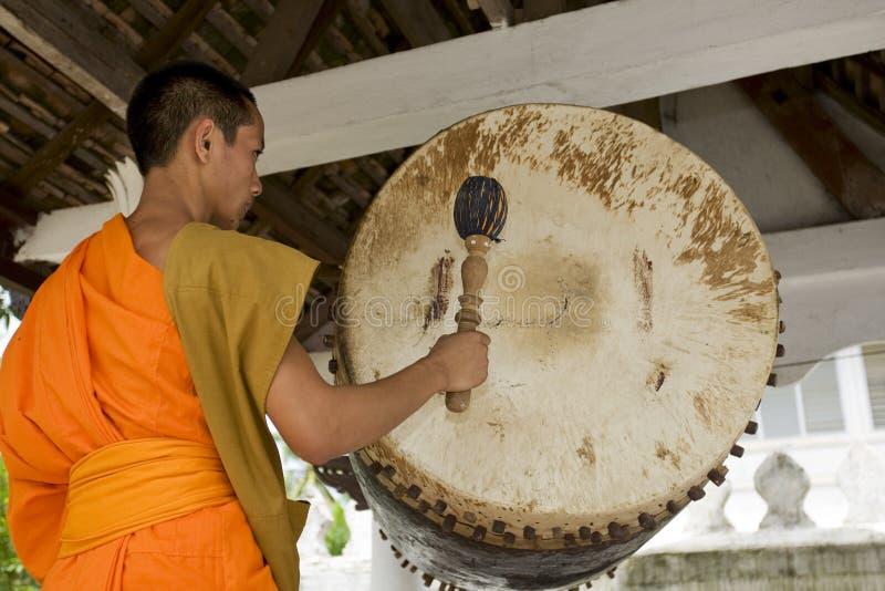Monge Buddhistic em Luang Prabang, Laos fotografia de stock