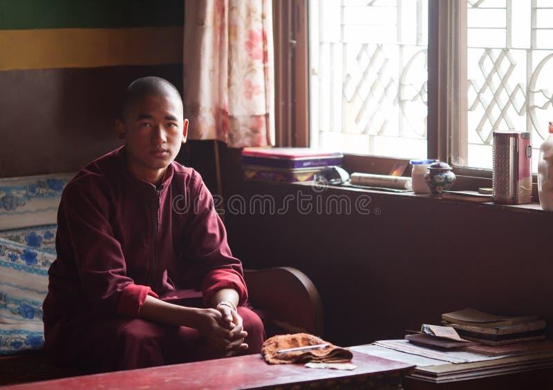 Monge budista no monastério de Seto Gumba foto de stock
