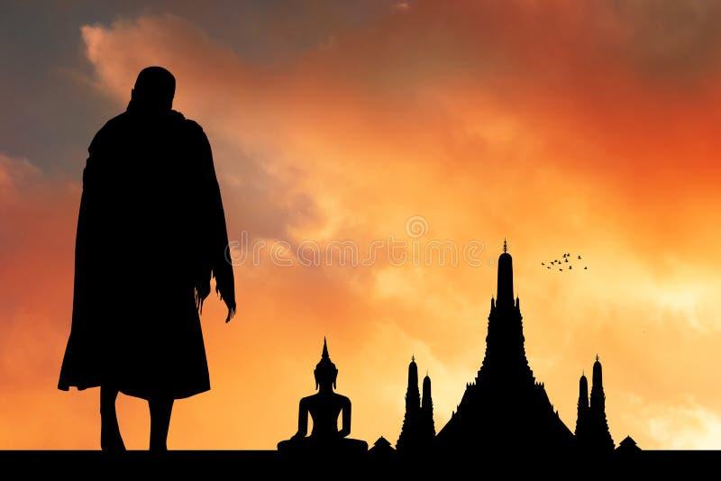 Monges budistas no templo fotos de stock