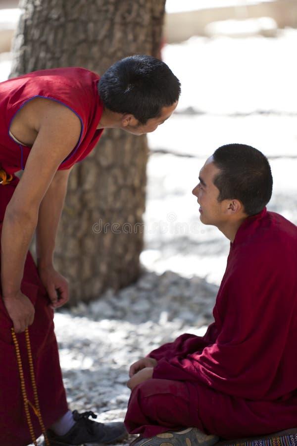 Download Monges tibetanas imagem de stock editorial. Imagem de sorrir - 26513464