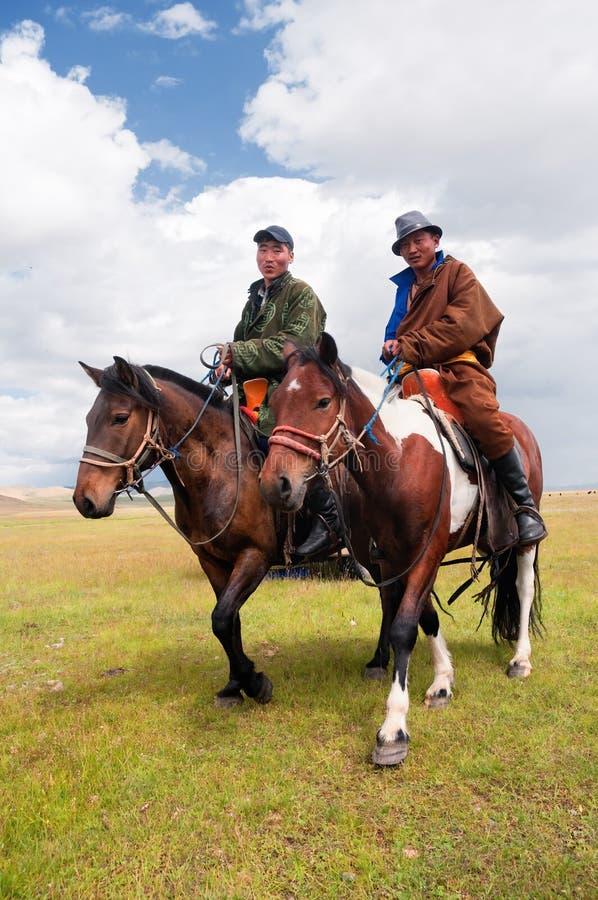 Mongolen in nationale kleren royalty-vrije stock fotografie