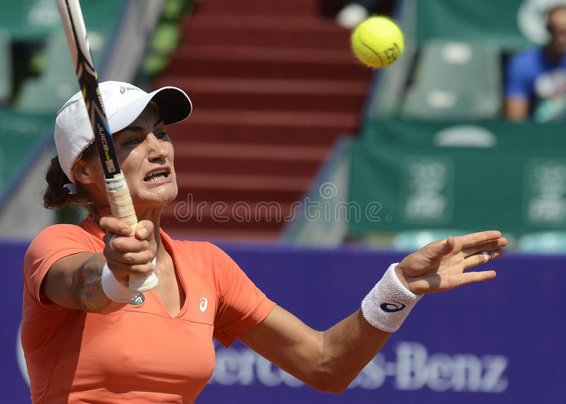 Download Monica Niculescu fotografia editoriale. Immagine di backhand - 56891996