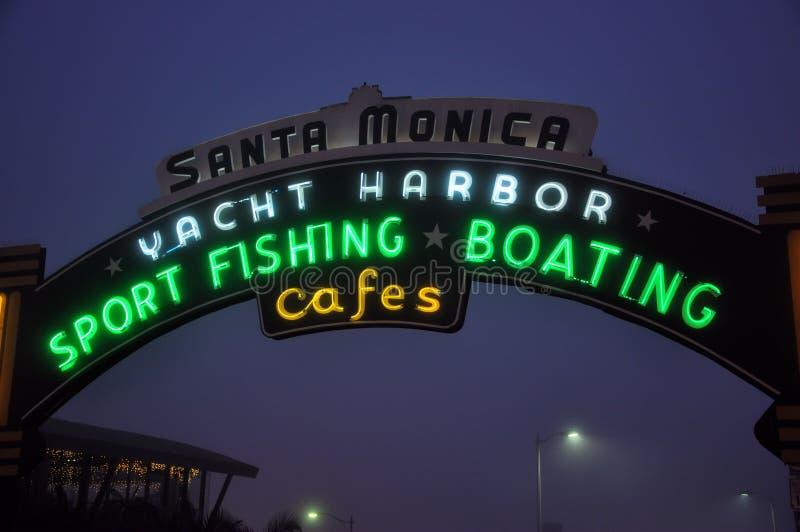 Monica-Pier-Zeichen stockbilder
