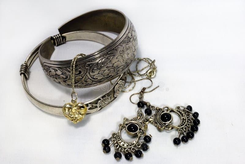 Monili d'argento immagine stock libera da diritti