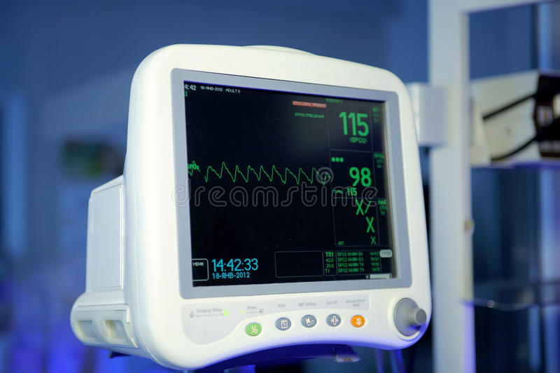 Moniteur cardiaque photos libres de droits