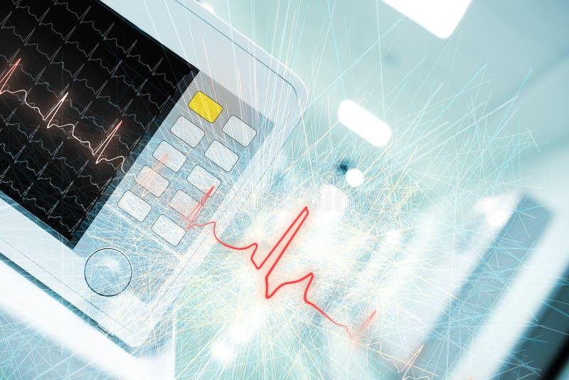 Monitor de ECG en pasillo del hospital como fondo de la ciencia médica fotografía de archivo