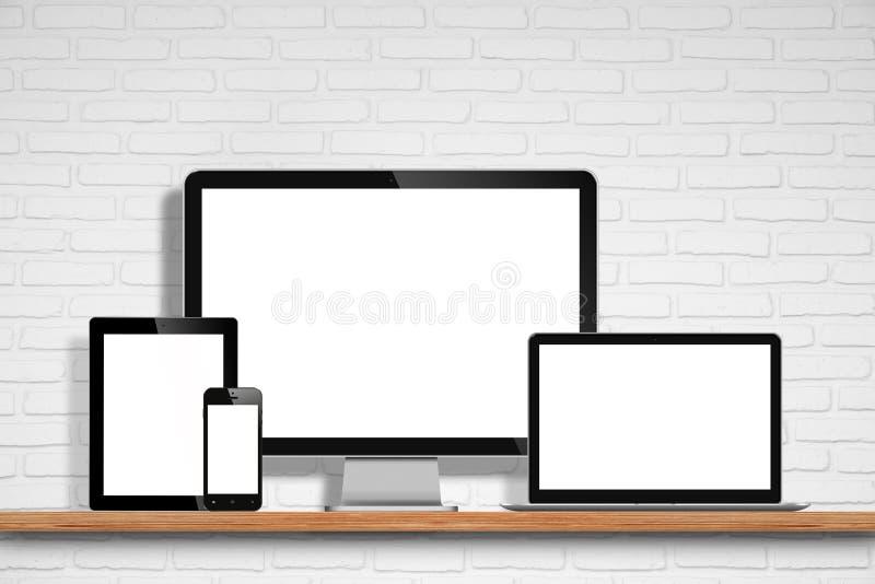 Monitor del computer, computer portatile, pc della compressa e telefono cellulare immagine stock
