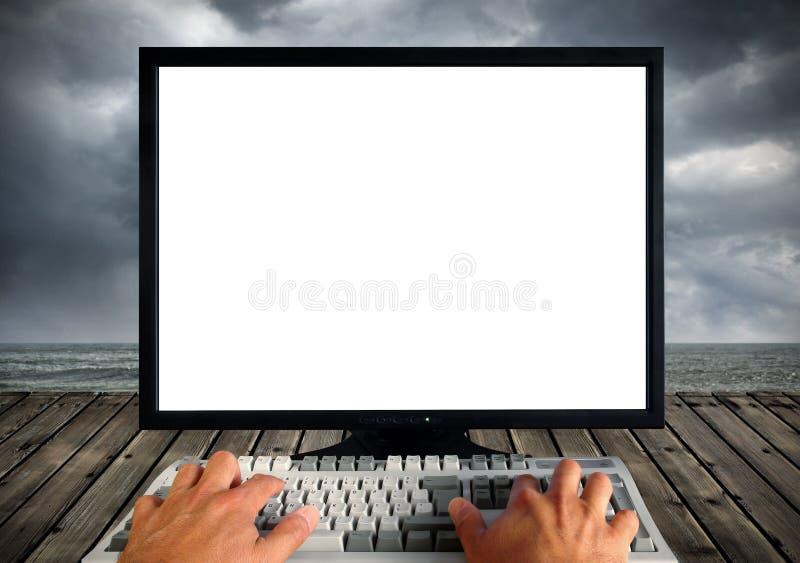 Monitor em branco do computador imagens de stock royalty free
