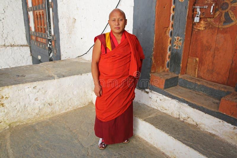 Monje budista, Trongsa Dzong, Bhután foto de archivo libre de regalías