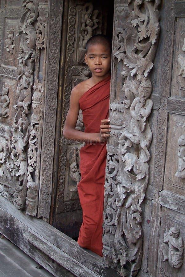 Monje del muchacho de Budah foto de archivo