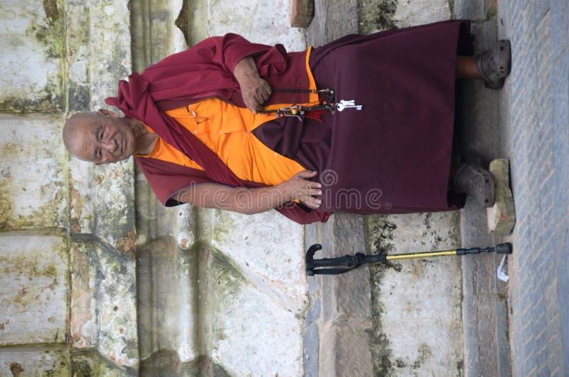 monksitting arkivfoto