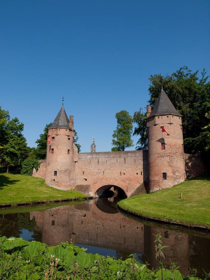 Download Monnickendampoort In Amersfoort Stock Foto - Afbeelding bestaande uit architectuur, geschiedenis: 10777502