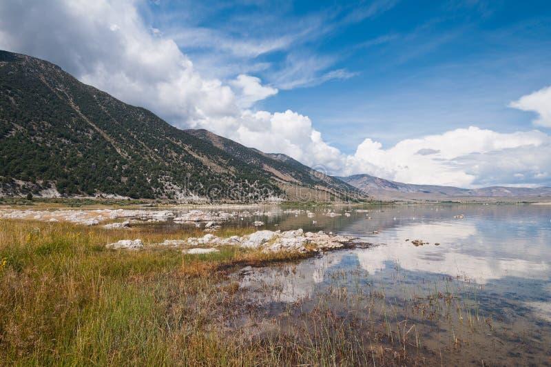 Mono озеро стоковые фотографии rf