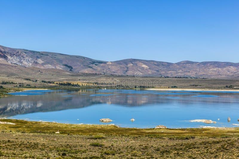 mono lago bonito em Califórnia imagens de stock royalty free
