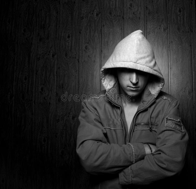 monochrome человека клобука стоковые фото