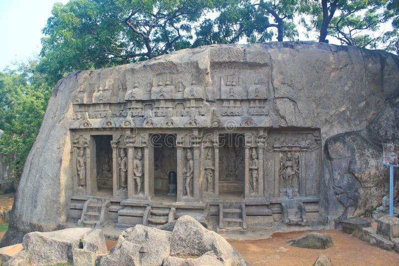 Monolitiskt vagga snitttemplet, Mahabalipuram arkivbilder