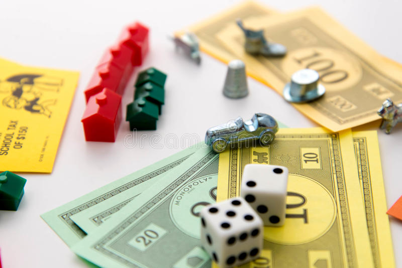 MonopolBrettspiel im Spiel stockbild