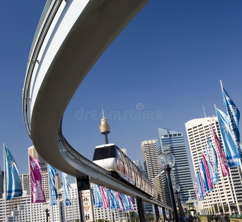 Monorail - bedårande hamn - Sydney - Australien arkivbilder