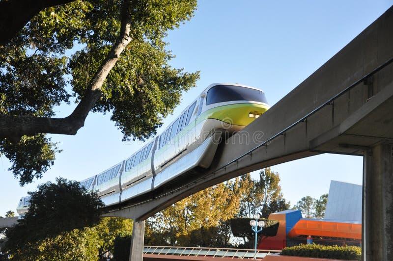 Monorail de Disney dans Epcot images stock