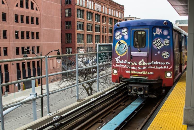 Monorail de moteur d'habitants de Detroit à Detroit du centre Michigan images stock