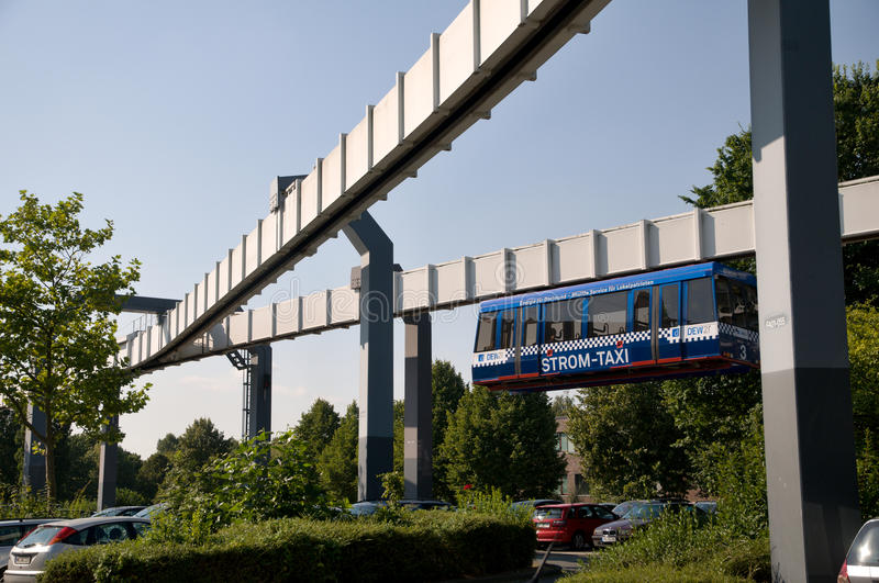 Monorail in Dortmund stock foto