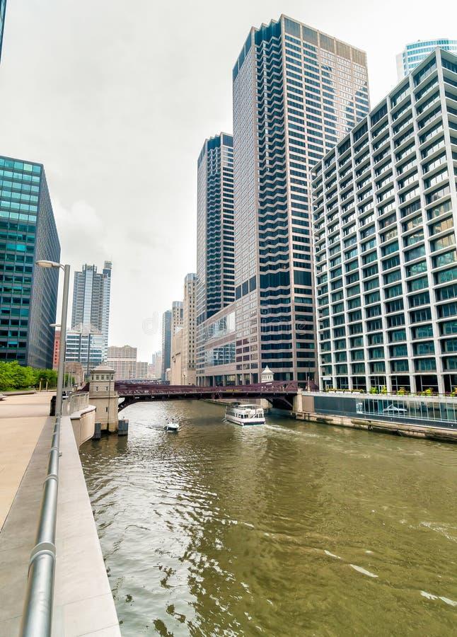 Monroe Adams Street Bridge Chicago photographie stock libre de droits
