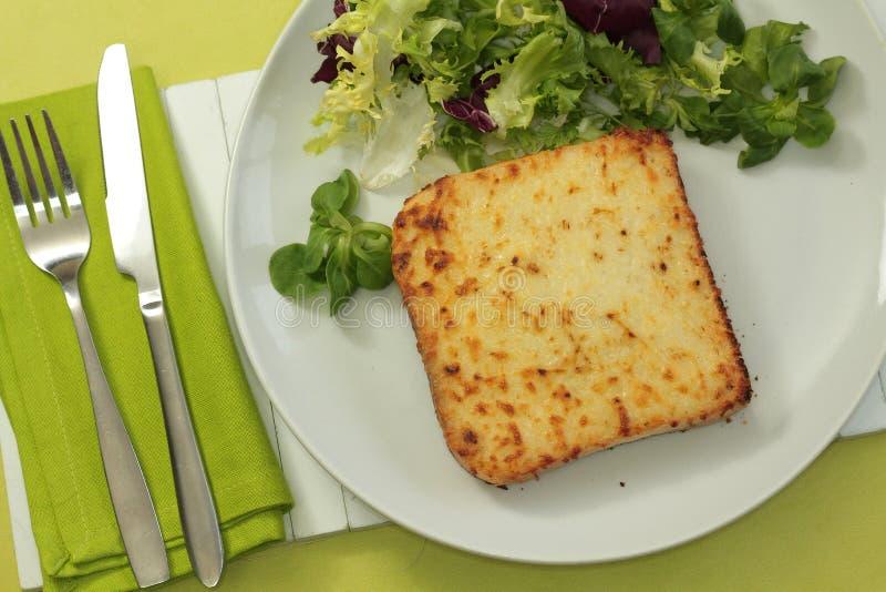 monsieur ветчины сыра хлеба зажженный croque стоковые фото