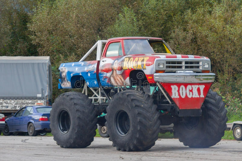 Monster truck - mostra fotos de stock royalty free