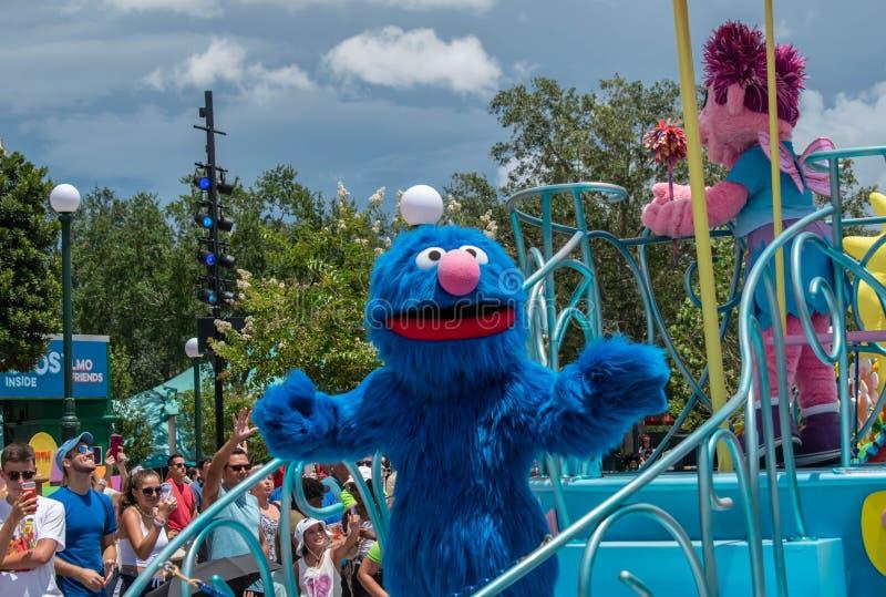 Monstro de Cookies no desfile da Sesame Street no Seaworld 5 foto de stock
