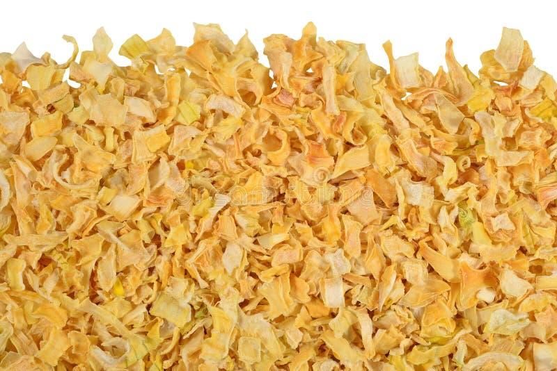 Montón de cebollas secadas en un blanco imagen de archivo libre de regalías
