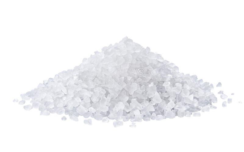 Montón de la sal aislado en el fondo blanco imagen de archivo libre de regalías