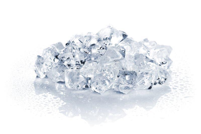 Montón del hielo machacado imagen de archivo libre de regalías